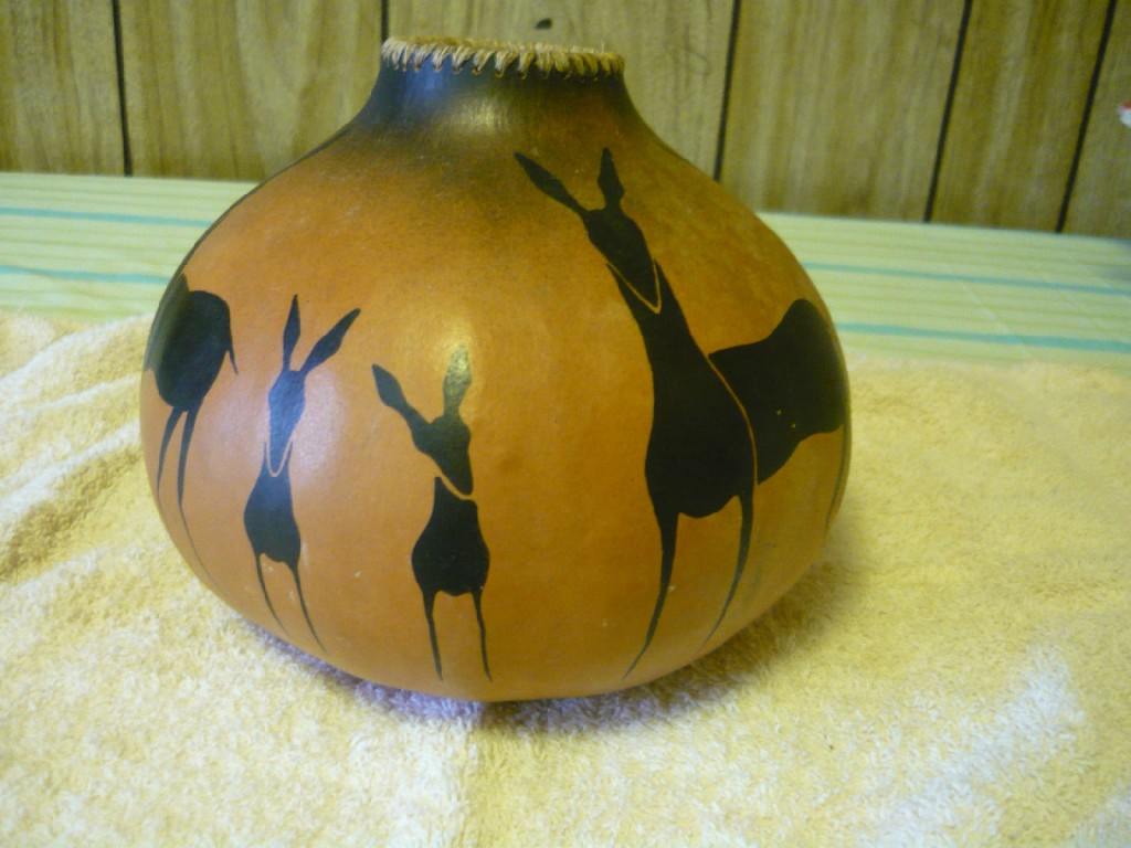 Arturo Ramirez Hand Painted Gourd (c.1989), photo 3