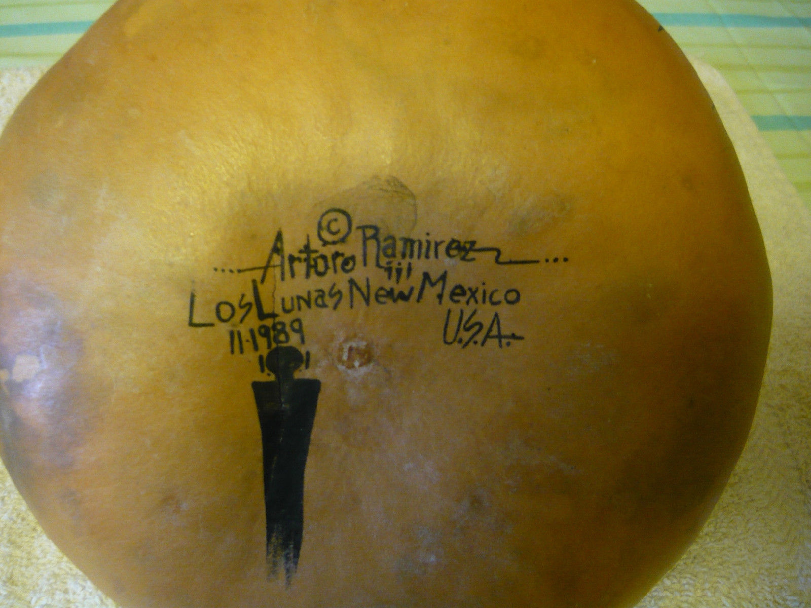 Arturo Ramirez Hand Painted Gourd (c.1989), photo 1